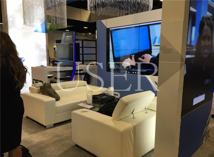 USA Trade Show, 55'' video wall 2 sets of 1×4,2×22