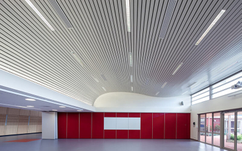 The corrosion resistance of aluminum ceiling