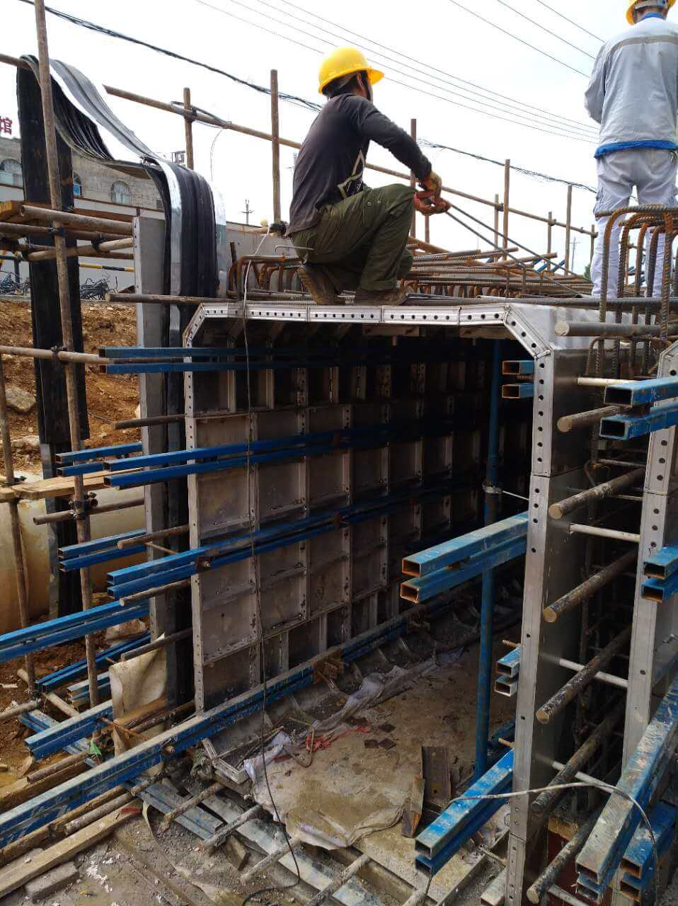alu-formwork for utility tunnel (4)