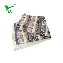 Customized Heat Resistant fancy decor cotton polyester table runners