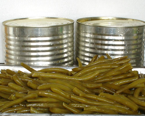 green beans in tin