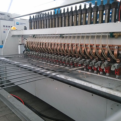 China concrete reinforcing steel mesh welding machine